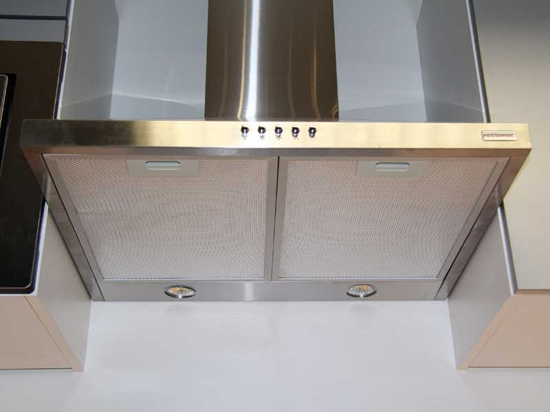 Referenzen menzl gmbh for Moderne kühlschr nke edelstahl